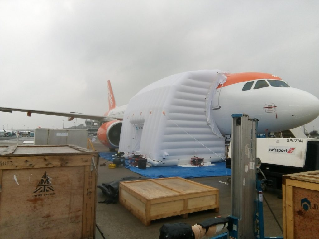 easy jet narrowbody fuselage shelter
